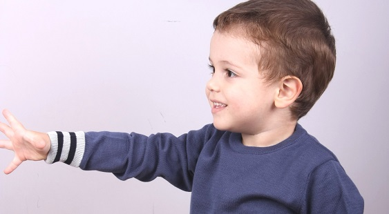 Child  sweater model  1312012C3730